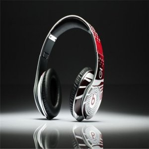 Beats By Dre High Definition Powered Isolation Headphones Graffiti Limited Edition Red With Diamond